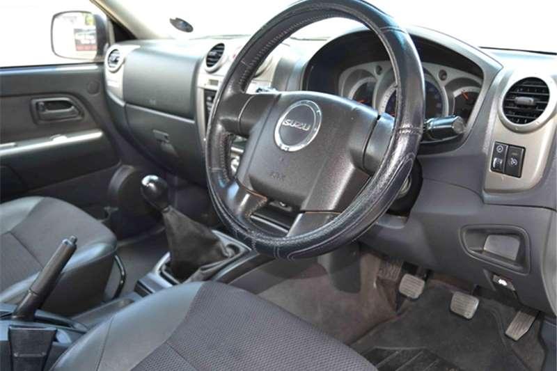 Isuzu KB 300D-Teq Extended cab LX 2012