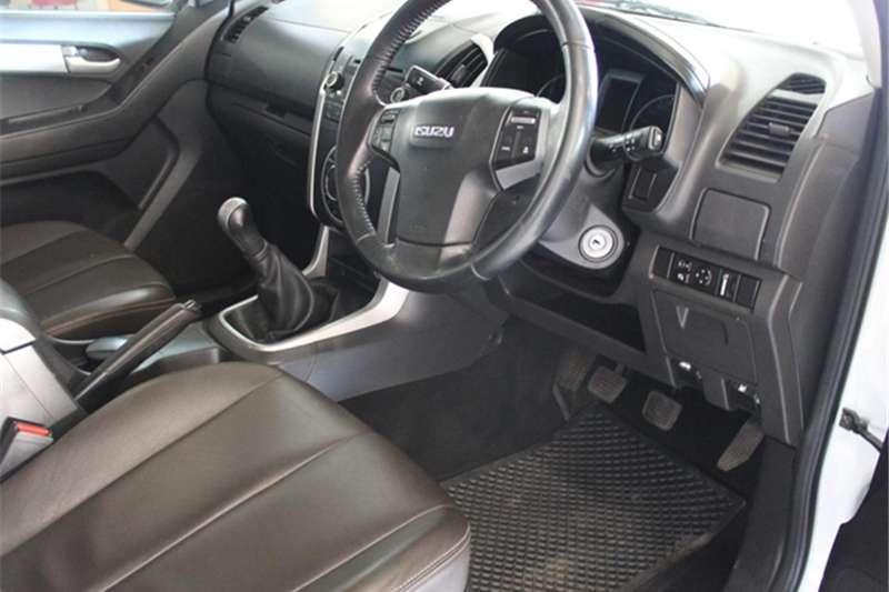 Isuzu KB 300D-Teq Extended cab LX 2013