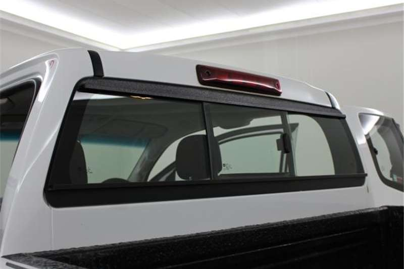 Isuzu KB 300D-Teq Extended cab LX 2015