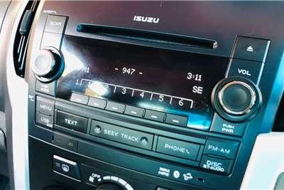 Isuzu KB 300D-Teq Extended cab LX 2017