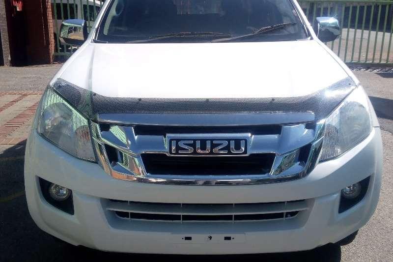 2015 Isuzu KB double cab KB 250 D TEQ HO X RIDER P/U D/C
