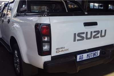 2020 Isuzu KB double cab KB 250 D-TEQ HO HI RIDER 4X4 P/U D/C