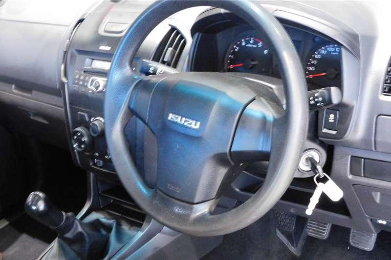 Isuzu KB double cab KB 250 D-TEQ HO HI RIDER P/U D/C 2016