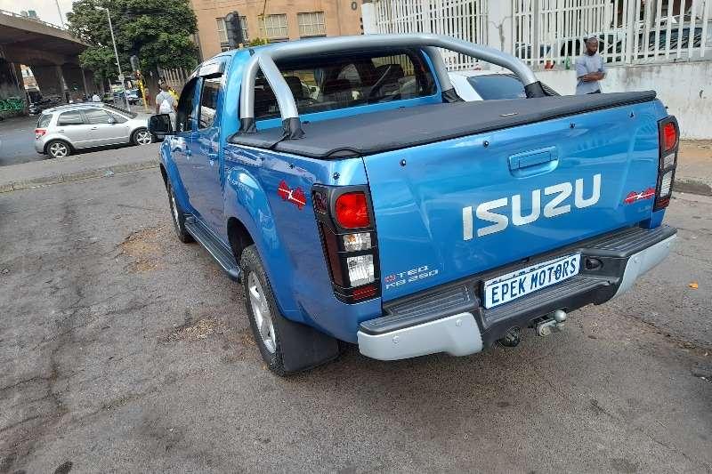 2015 Isuzu KB double cab KB 250 D-TEQ HO LE PU D/C