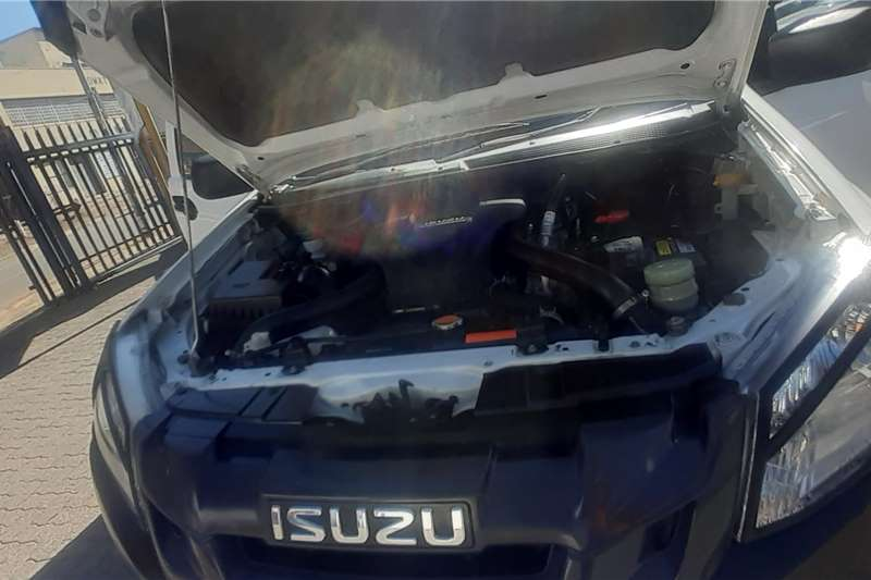 Used 2016 Isuzu KB Double Cab KB 250 D TEQ HO LE PU D/C