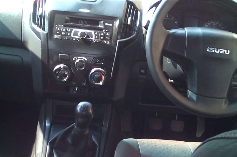 2016 Isuzu KB double cab KB 250 D-TEQ HO LE PU D/C