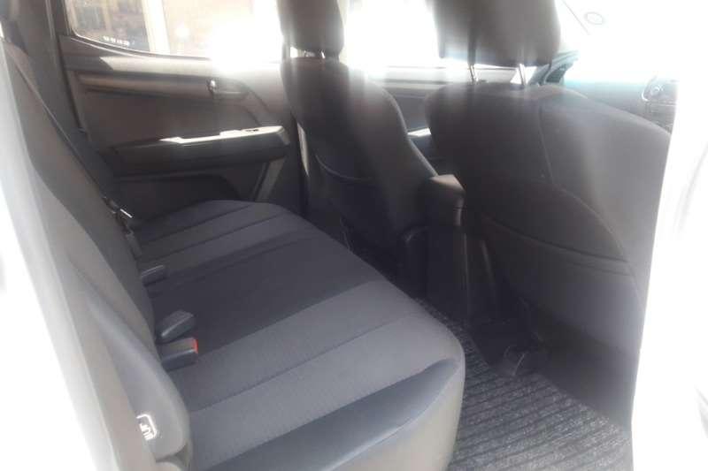Isuzu KB Double Cab KB 250 D TEQ HO X RIDER 4X4 P/U /D/C 2015