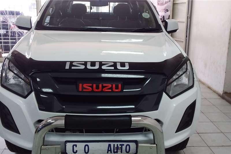 Isuzu KB Double Cab KB 250 D TEQ HO X RIDER 4X4 P/U /D/C 2016