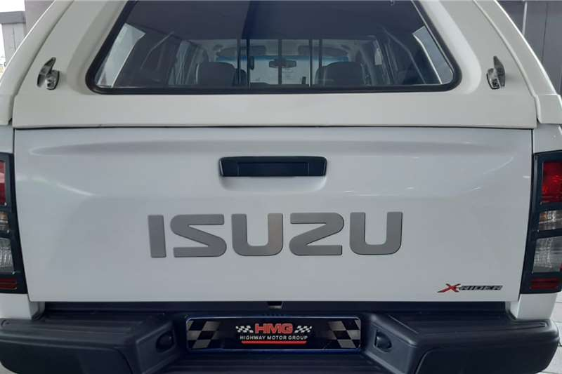 2017 Isuzu KB double cab KB 250 D-TEQ HO X-RIDER P/U D/C