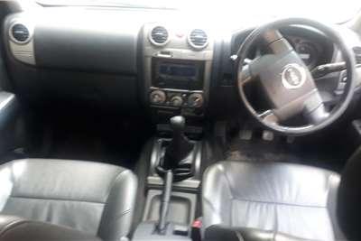 Isuzu KB Double Cab KB 300 D TEQ LX 4X4 P/U D/C 2011
