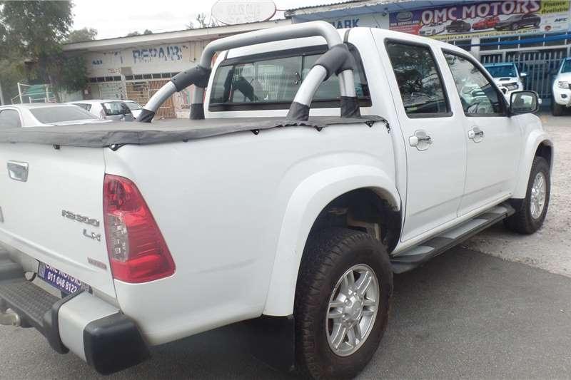 2011 Isuzu KB double cab KB 300 D-TEQ LX 4X4 P/U D/C