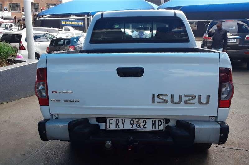 Isuzu KB Double Cab KB 300 D TEQ LX 4X4 P/U D/C 2012