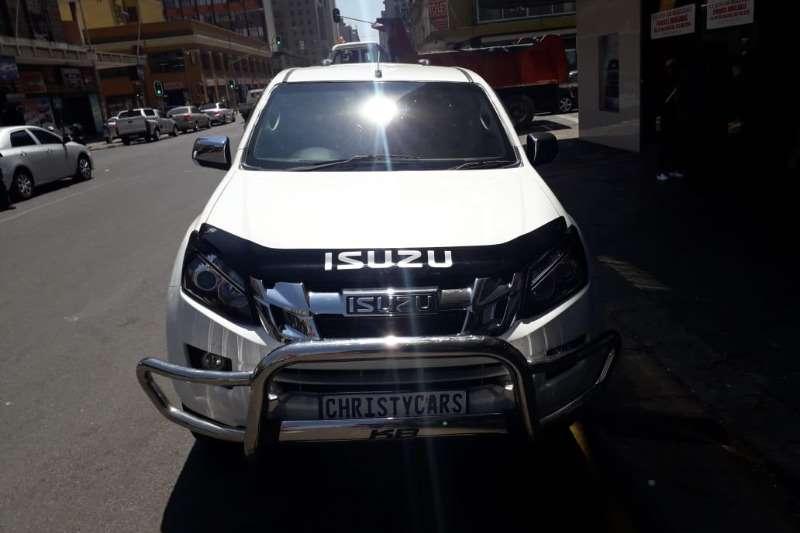 Isuzu KB Double Cab KB 300 D TEQ LX 4X4 P/U D/C 2015