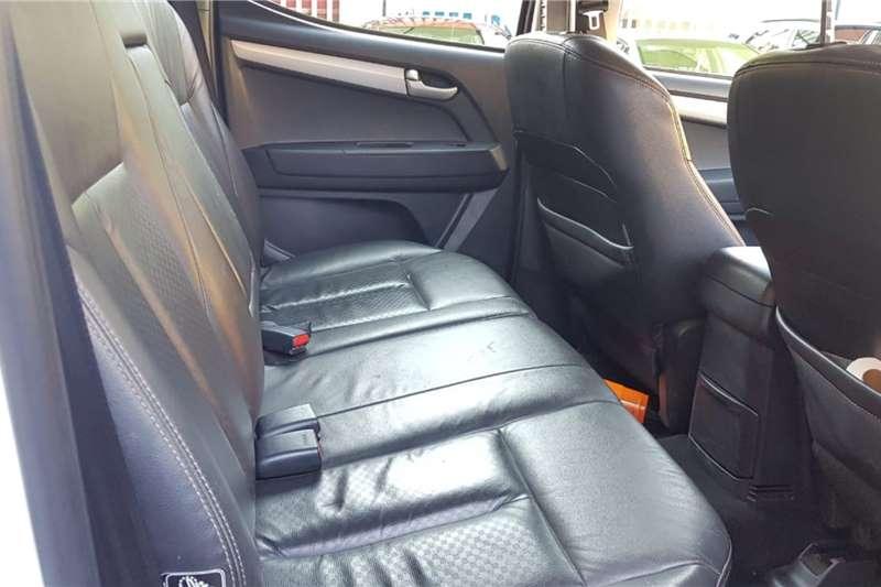 Used 2016 Isuzu KB Double Cab KB 300 D TEQ LX A/T 4X4 P/U D/C
