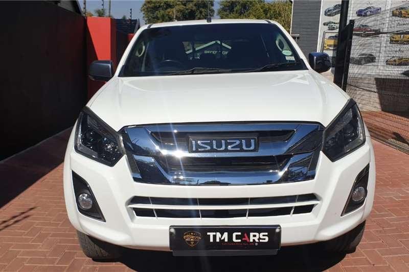 2016 Isuzu KB double cab KB 300 D-TEQ LX A/T P/U D/C