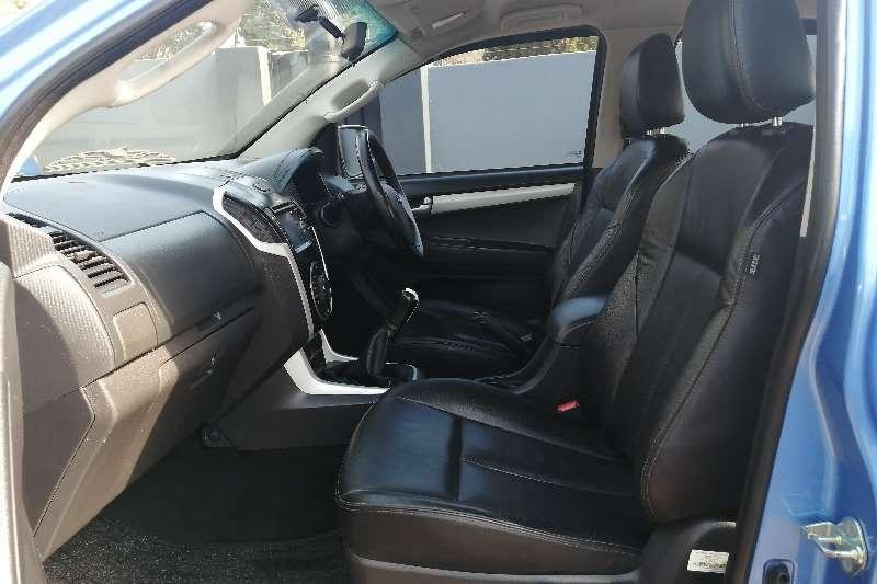 2017 Isuzu KB double cab KB 300 D-TEQ LX P/U D/C