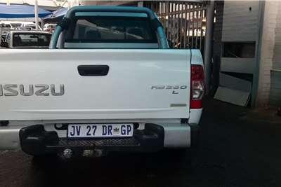 Isuzu KB Extended Cab KB 250D TEQ HO HI RIDER P/U E/CAB 2012