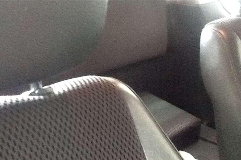 Isuzu KB Extended Cab KB 300 D TEQ LX A/T P/U E/CAB 2010