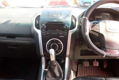 2013 Isuzu KB Extended cab KB300 D-TEQ LX 4X4 P/U E/CAB
