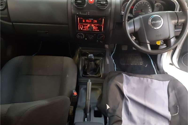 2011 Isuzu KB 250D Teq double cab LE 72
