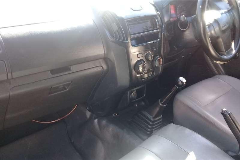 2015 Isuzu KB single cab KB 250D LEED FLEETSIDE P/U S/C