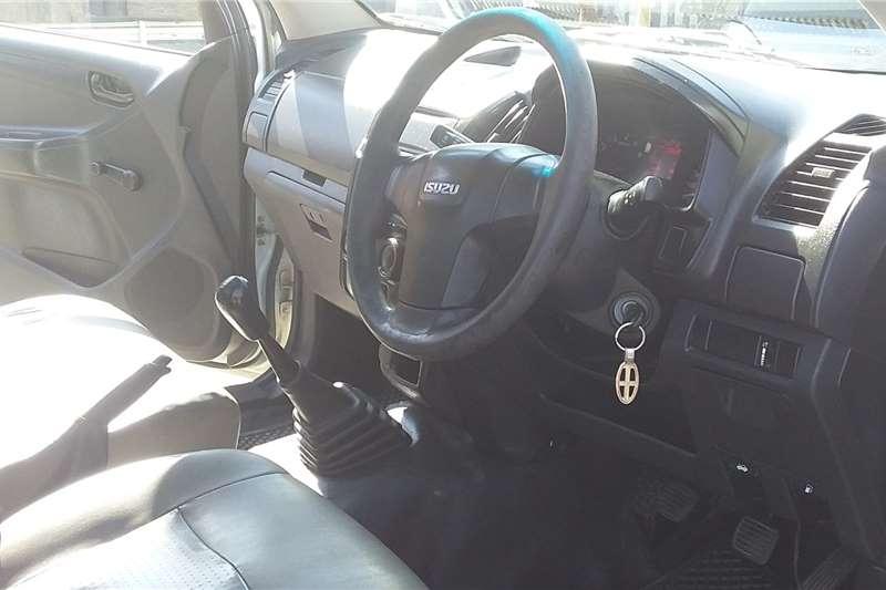 Isuzu KB Single Cab KB 250D LEED P/U S/C 2014