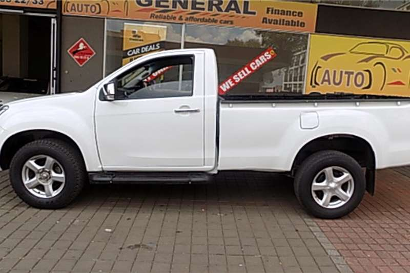 Isuzu KB Single Cab KB 300 D TEQ LX 4X4 P/U S/C 2015