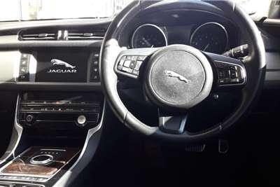 Jaguar F-Pace 25t Pure 2016