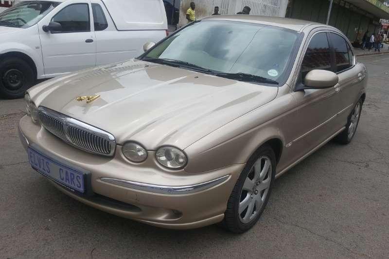 2005 Jaguar X-Type 2.0 V6 SE automatic