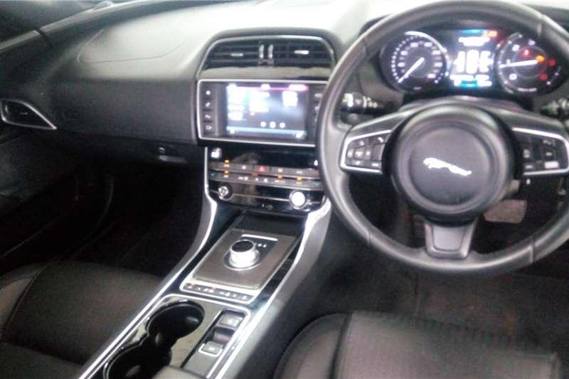 Jaguar XE 2.0 D 2016
