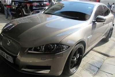 Jaguar XF 2.0 2013