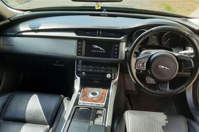 Jaguar XF 2.0 PRESTIGE 2016