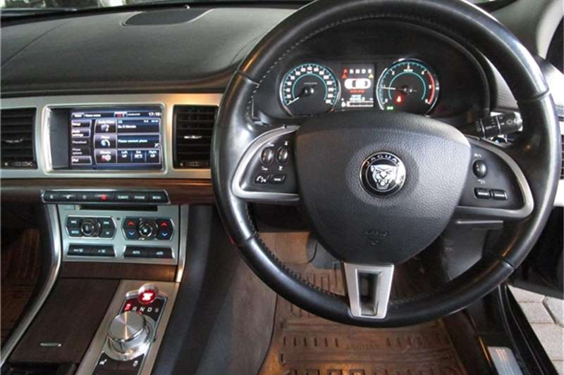 Used 2015 Jaguar XF 2.2D Luxury