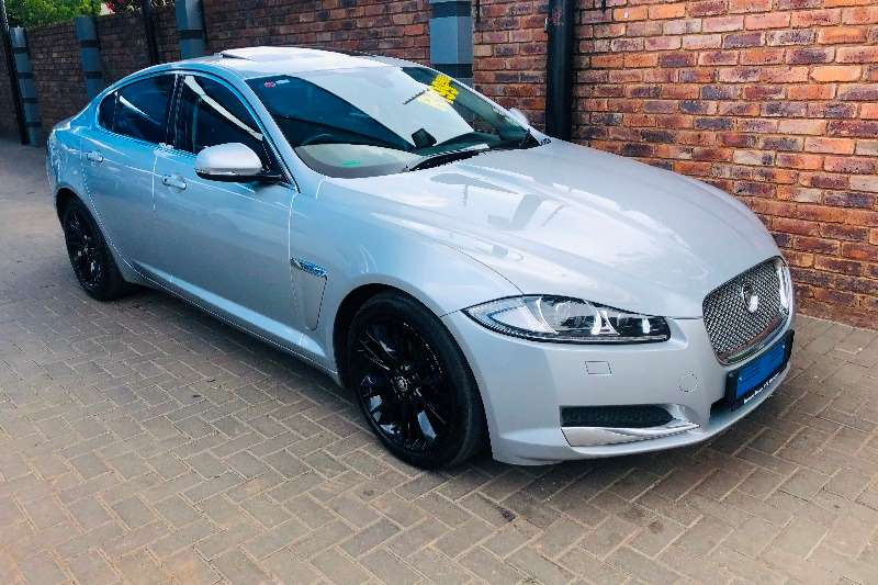 Jaguar XF 2.2D Premium Luxury 2013