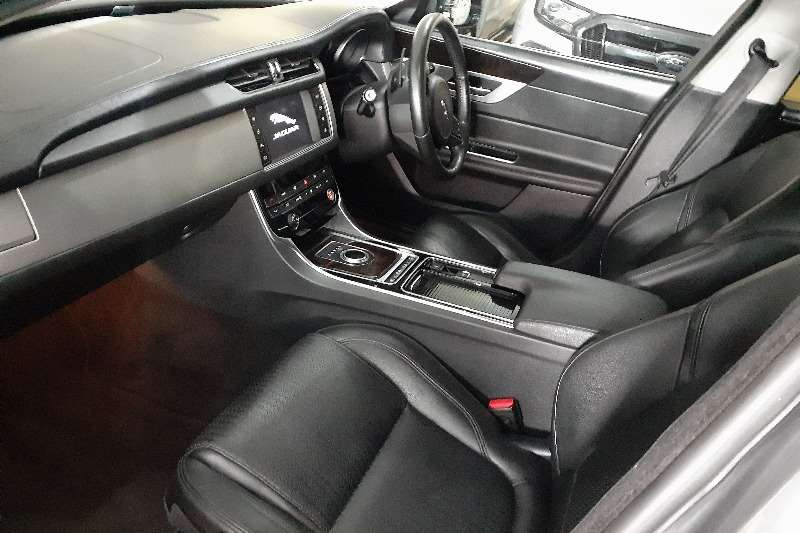 Jaguar XF 25t Prestige 2016