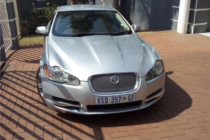 Jaguar XF 3.0 Luxury 2012