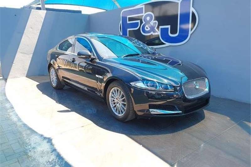 Jaguar XF 3.0D Luxury 2012