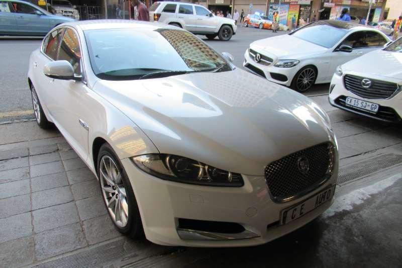 2014 Jaguar XF 2.0 D R SPORT