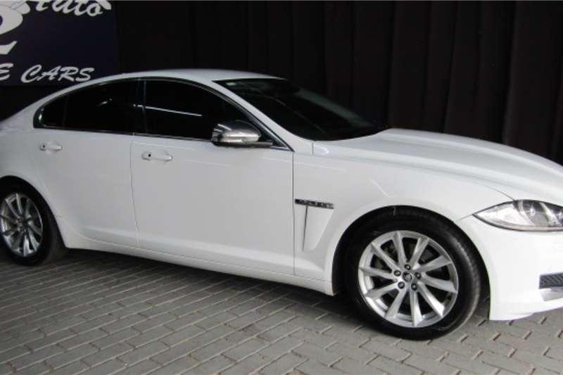 2014 Jaguar XF 2.0 i4 Premium Luxury