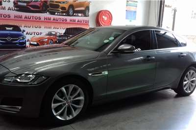 Jaguar XF Sedan XF 2.0 D PRESTIGE 2016