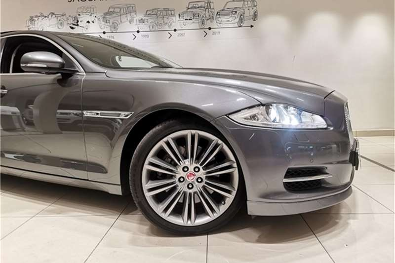 Jaguar XJ 3.0D Premium Luxury 2015
