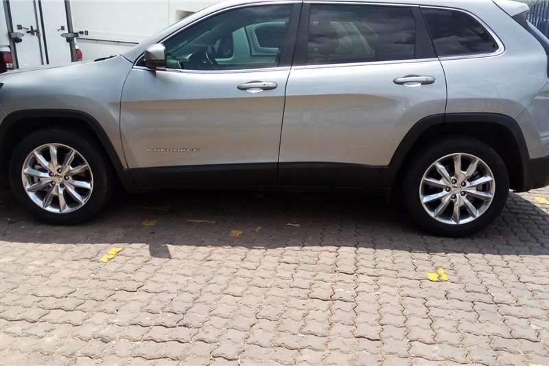 Used 2015 Jeep Cherokee 2.4L Longitude