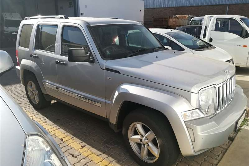 Jeep Cherokee 2.8LCRD Limited automatic 2009
