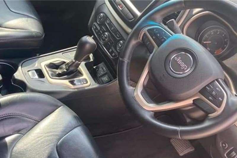 Jeep Cherokee 3.2L 4x4 Limited 2014
