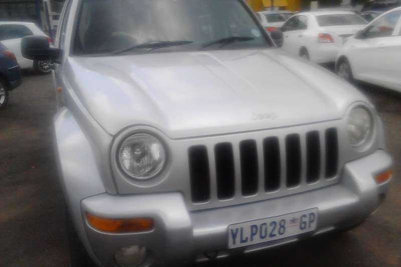 Jeep Cherokee 3.7L Limited 2006