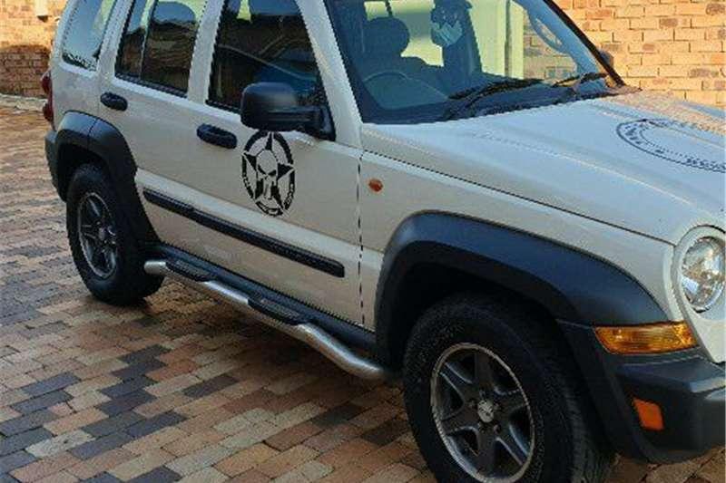 0 Jeep Cherokee