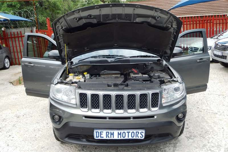Jeep Compass 2.0L Limited auto CVT 2013