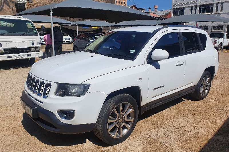 Used 2015 Jeep Compass 2.0L Limited auto CVT