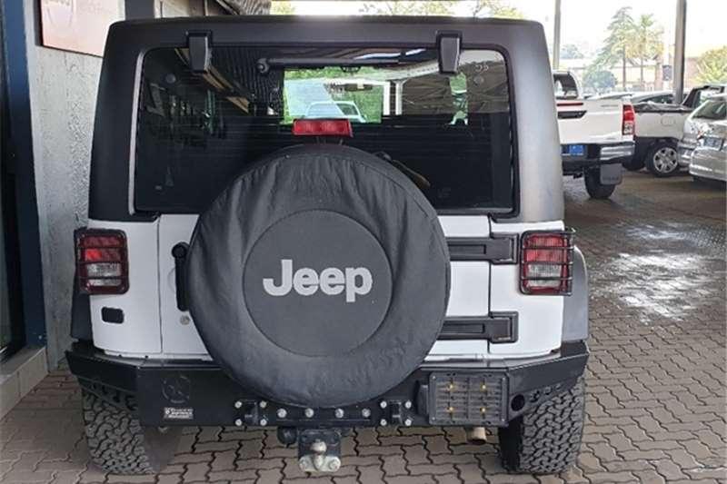 Jeep Wrangler SAHARA 3.6 V6 2DR 2013