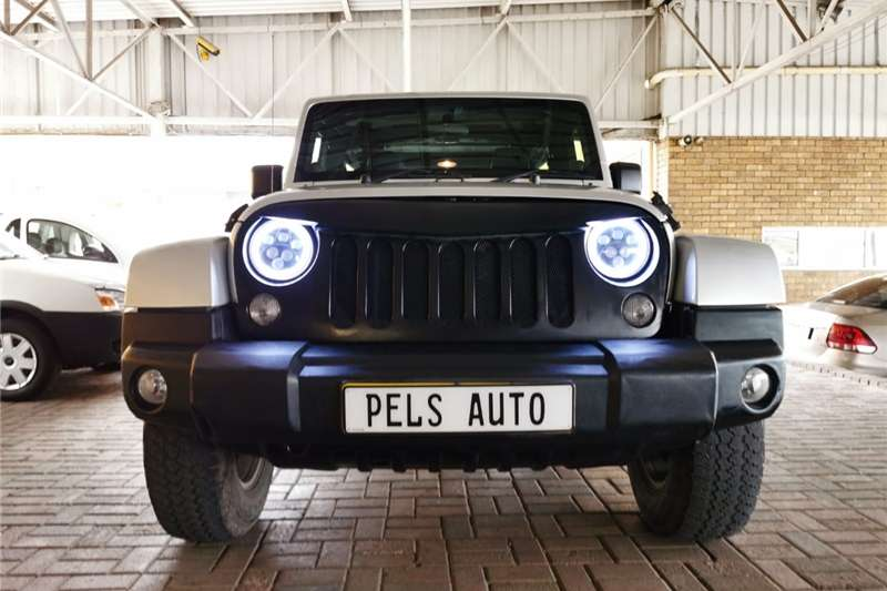 Jeep Wrangler Unlimited no variant 2011